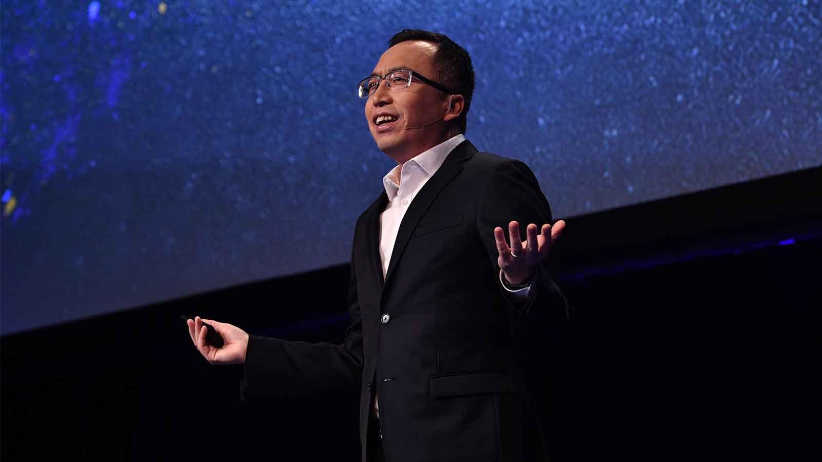 George Zhao, a Honor elnöke