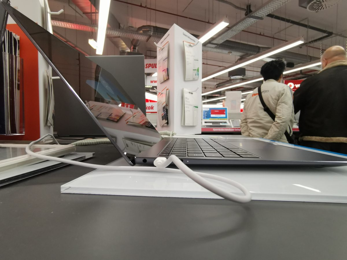 Kezünkben a Huawei MateBook X Pro notebook