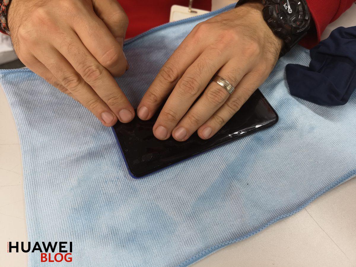 ClearPlex ütésálló fólia: teljes kijelzőt beborító védelem a telefonra