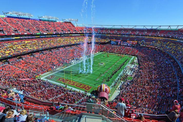 Már az NFL-t is elérte a Huawei ellenes kampány
