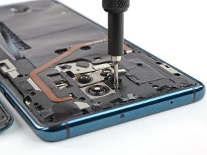 Huawei Mate 20 X 5G szétszedve