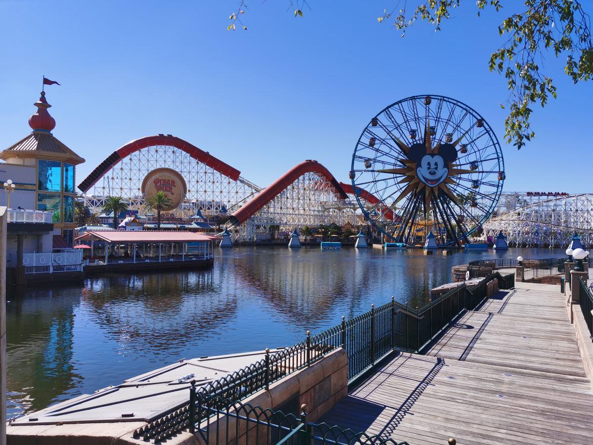 Ilyen volt a Disneyland a Mate 30 Próval