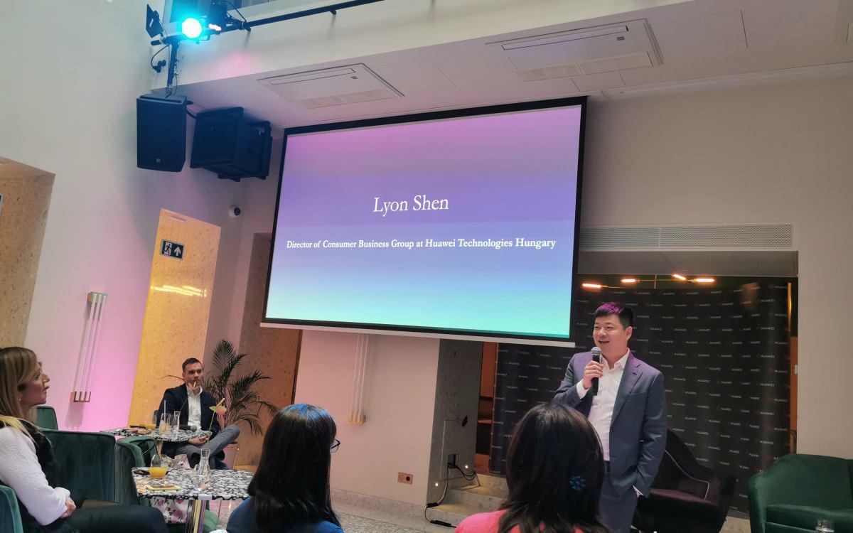 Lyon Shen, a Huawei Fogyasztói üzletágának magyarországi vezetője