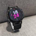 Hölgyek, itt az éjfekete Watch GT 2 (42 mm)!