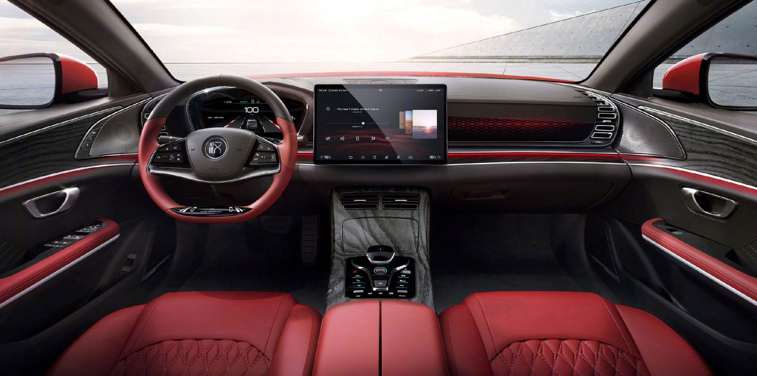 BYD Han EV 2020. Huawei HiCar támogatással